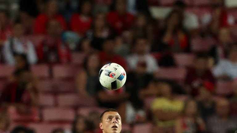 Could Benfica defender Victor Lindelof be heading to Old Trafford?