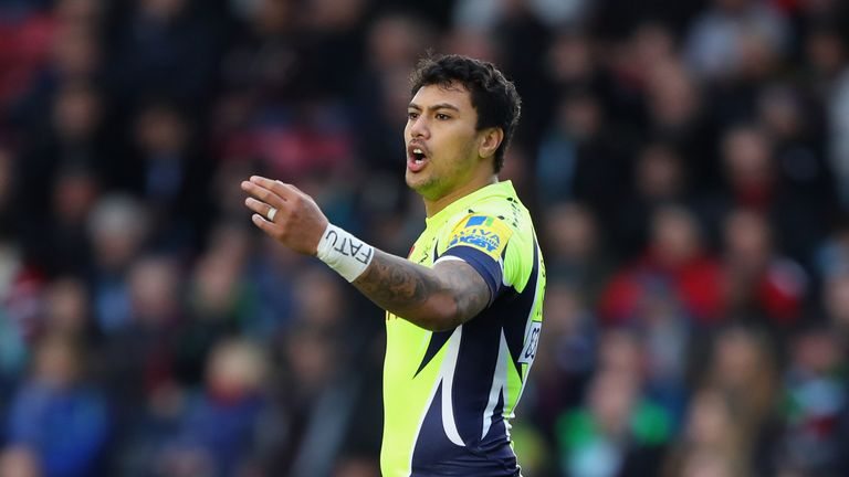 Solomona was born in New Zealand and has represented Samoa in rugby league