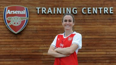 Heather O'Reilly gets used to her new surroundings at Arsenal's London Colney training complex