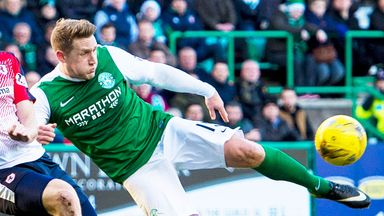 Kris Commons tries a volley in Hibernian