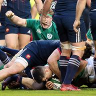 Conor Murray (C) scored the only try of the game in Ireland's win over France