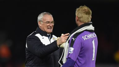 Claudio Ranieri has received encouraging words from Leicester's goalkeeper