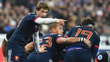 Baptiste Serin is preferred to Maxime Machenaud at scrum-half