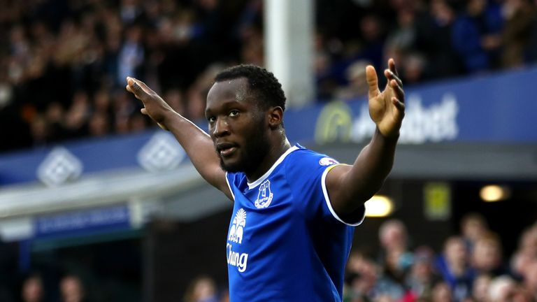 LIVERPOOL, ENGLAND - FEBRUARY 25: Romelu Lukaku of Everton celebrates scoring his sides second goal during the Premier League match between Everton and Sun