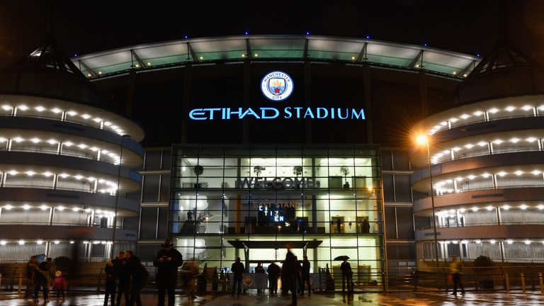 Manchester-city-etihad-stadium-premier-league_3916134
