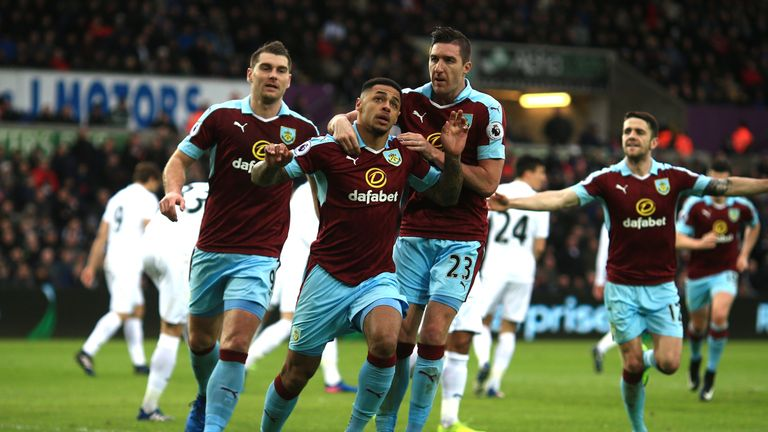 Can Burnley record their first away win of the season at Sunderland this weekend?