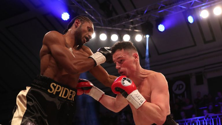 Craig Richards and Alan Higgins' fight was everything that's great about York Hall