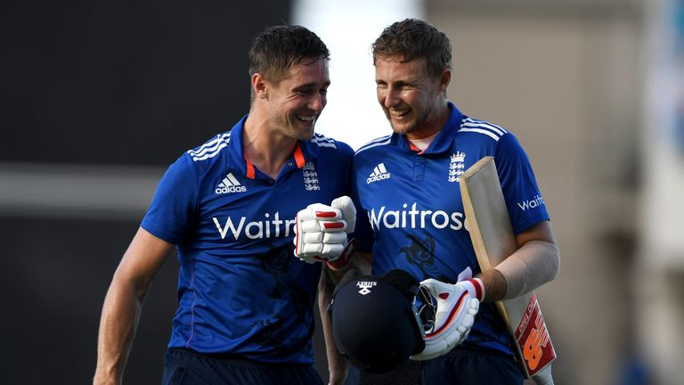 Chris Woakes (L) struck a crucial 68 not out in England's second ODI win