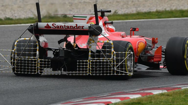 F1 2017: Kimi Raikkonen crashes in pre-season testing at Barcelona