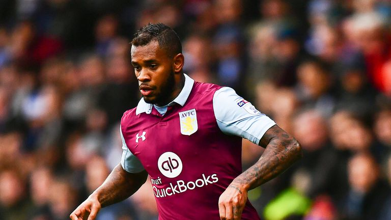 Leandro Bacuna joined Reading from Aston Villa