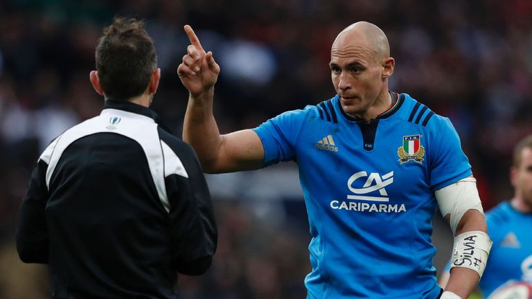 Italy opted for unorthodox tactics in last year's fixture at Twickenham