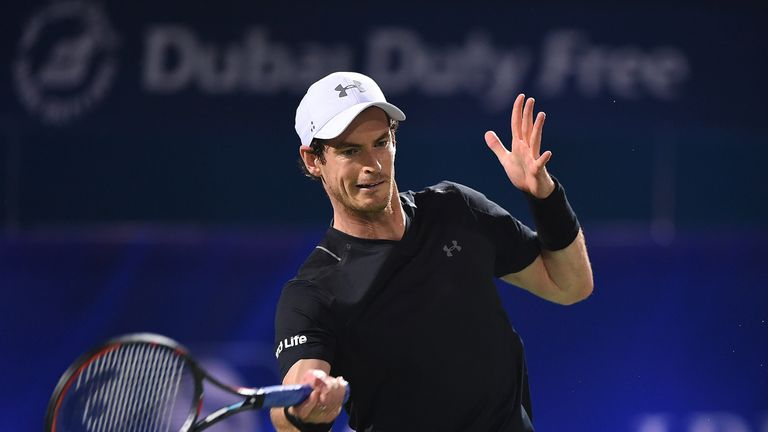 Andy Murray plays a forehand during his second round match against Guillermo Garcia-Lopez at the Dubai Tennis Championships