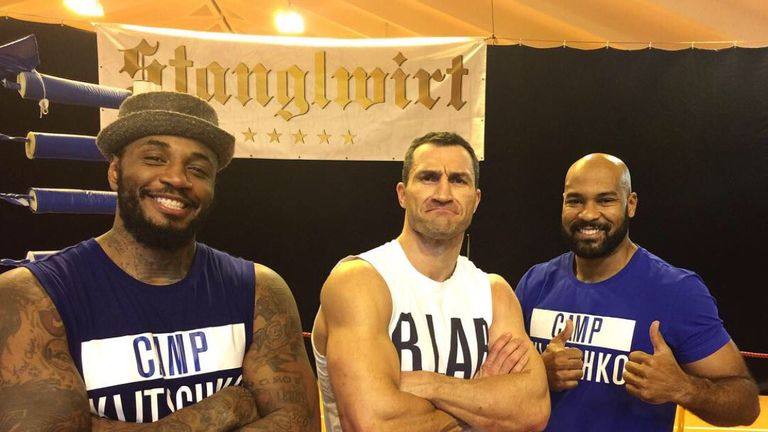 Gerald Washington (R) has been training alongside Wladimir Klitschko, via @MalikKingScott