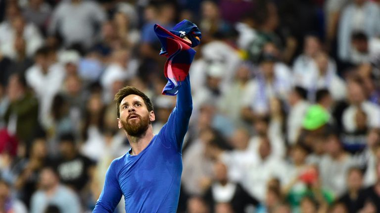 luis enrique hails lionel messi as the best player in