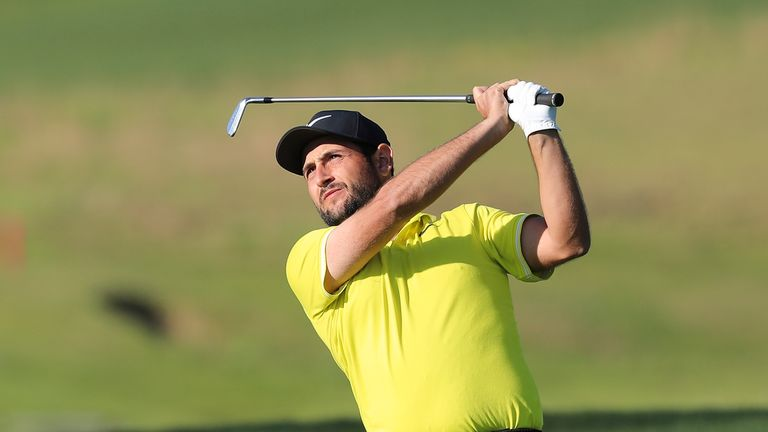 Frittelli leads China Open by 3 going into last day