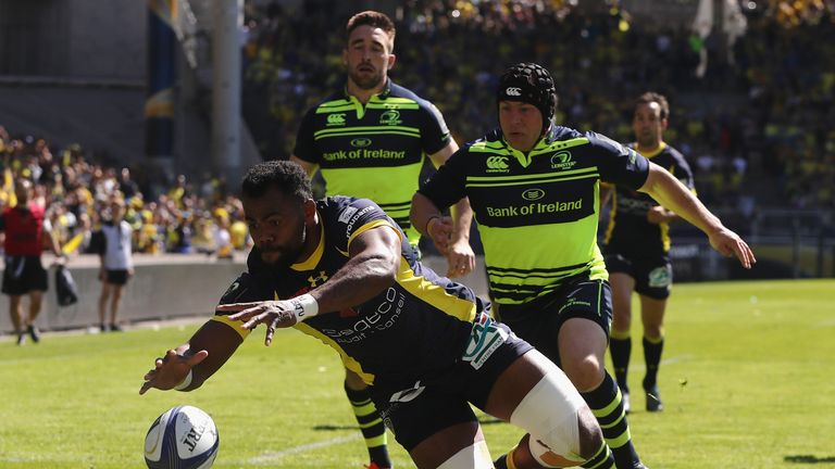 Peceli Yato of Clermont dives over for the first try of the game