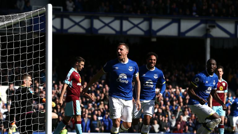 Phil Jagielka celebrates scoring the opener