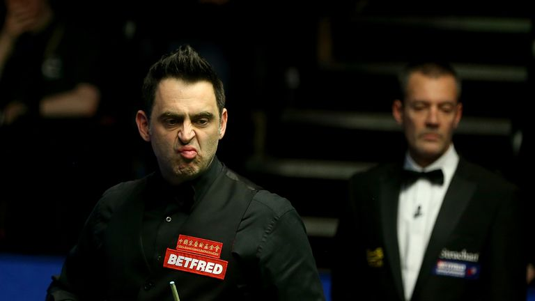 Ronnie O'Sullivan makes progress at World Championship