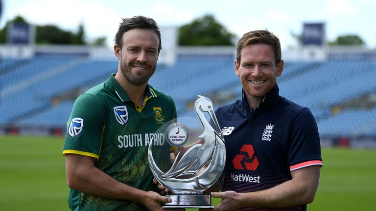 South Africa captain AB de Villiers and opposing number Eoin Morgan