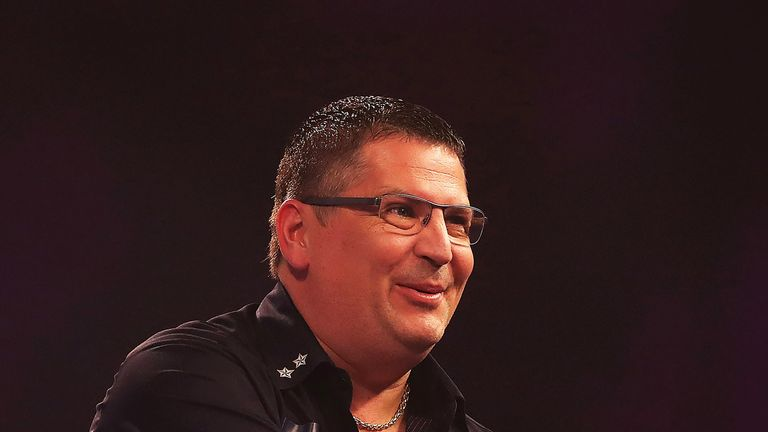 Gary Anderson won his 20th Players Championship title in Wigan - 24 hours after losing to Steve Beaton