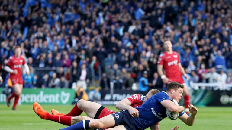 Garry Ringrose goes over for his side's first try of the match