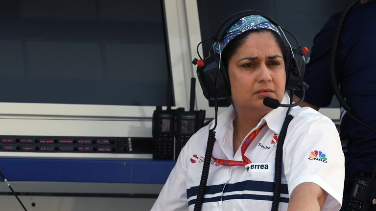 Sauber Formula 1 boss Monisha Kaltenborn 'steps down'