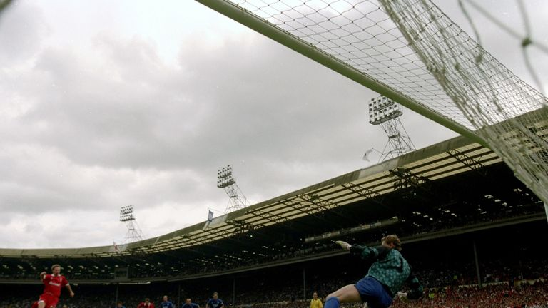 Swindon's Paul Bodin scores a penalty against Leicester