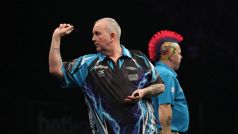 Peter Wright misses out on Premier League darts title