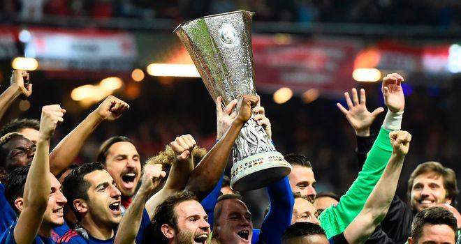 Sevilla send Basaksehir from Champions League