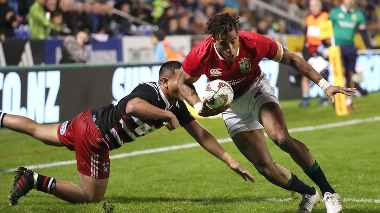 Anthony Watson crosses for the decisive try
