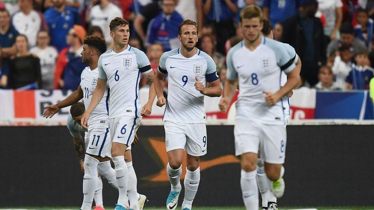 Harry Kane (C) now has eight England goals