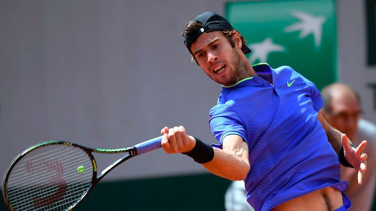 Luck and flawless tennis sends Nishikori to French Open QF