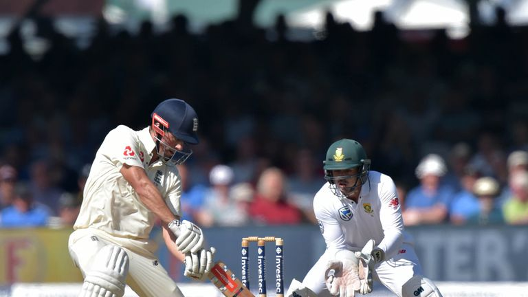 England v South Africa: Philander and Morris thwart England
