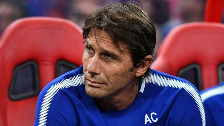 Antonio Conte is keen to sign another midfielder