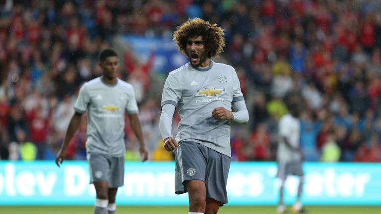 Marouane Fellaini's Man Utd deal expires  at the end of June 2018