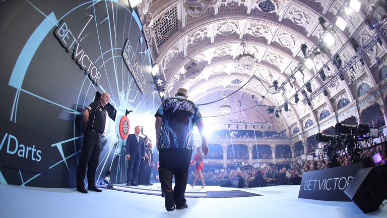 Taylor made his final walk-on at the Winter Gardens [Picture courtesy of Lawrence Lustig, PDC]