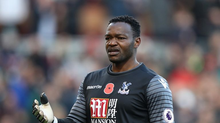 Marseille set to seal Mandanda deal