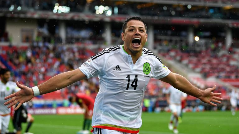 West Ham have held talks about signing Javier Hernandez