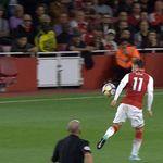 Skysports-ozil-handball-arsenal_4071575