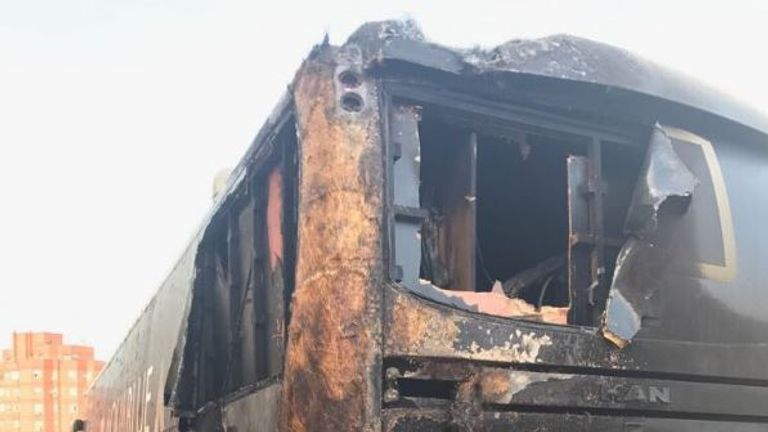 Aqua Blue bus victim of Vuelta arson attack