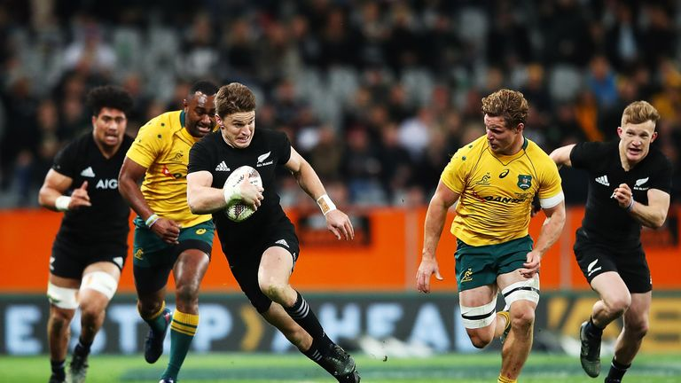 Beauden Barrett makes a break in Dunedin