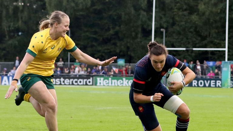 France cruised to victory against Australia