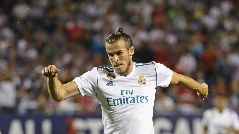 The debate over Gareth Bale's continued presence in Real Madrid's starting XI goes on in Spain