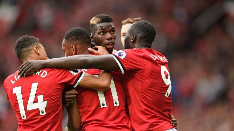 Manchester United swept West Ham aside to win 4-0 at Old Trafford