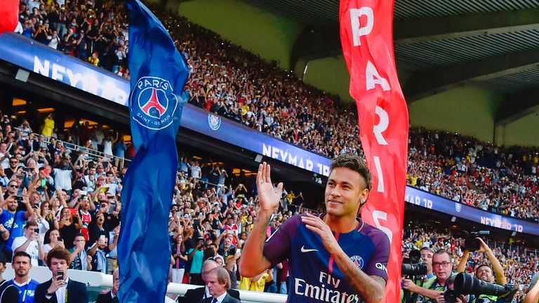 Neymar should make his PSG debut on Sunday evening