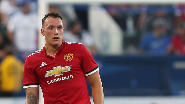 Phil Jones getting the Jose Mourinho defensive education
