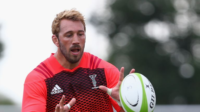 Chris Robshaw has extended his stay at Harlequins