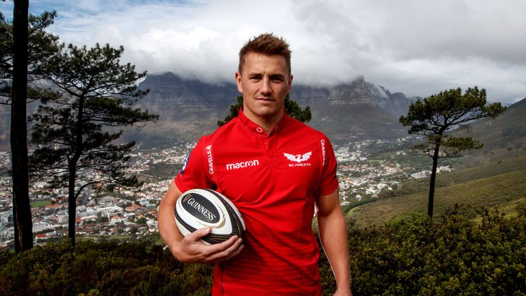Jonathan Davies' absence through injury is a mammoth blow for the Scarlets