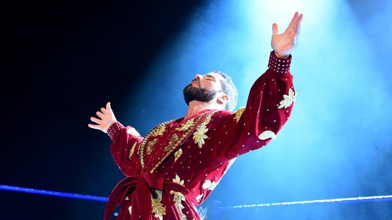 Bobby Roode made his debut on Smackdown with one of the best ring entrances in WWE.