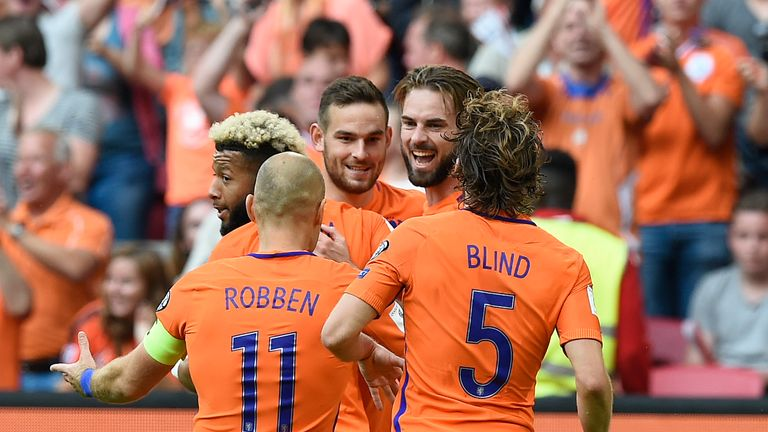 Davy Propper scored twice for the Netherlands against Bulgaria